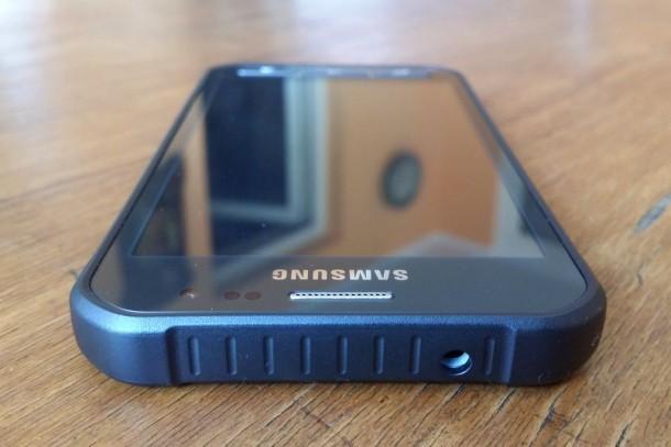 Samsung-Galaxy-XCover-3-04