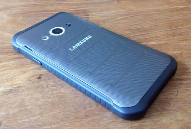 Samsung-Galaxy-XCover-3-08