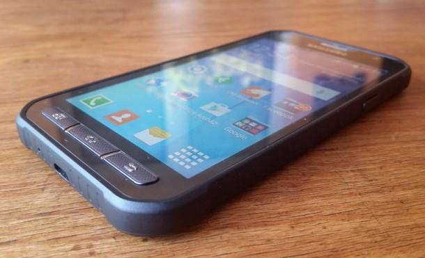 Samsung-Galaxy-XCover-3-15