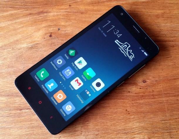 Xiaomi-Redmi-2-kijelzo-1