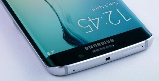 Hivatalosan is megindult a Samsung mobilok Android 6.0-s frissítése