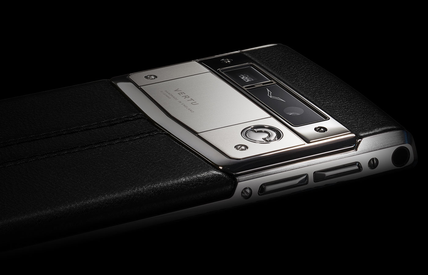 vertu-signature-touch-2